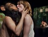 Le baiser et la morsure. Photos © Steeve Iuncker